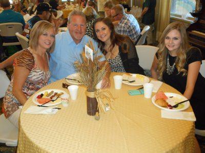 "Kraig ""The Mauler"" Walker, wife Gina and daughters Cieara and Taylor"