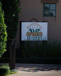Lone Tree Golf Club House Entrance